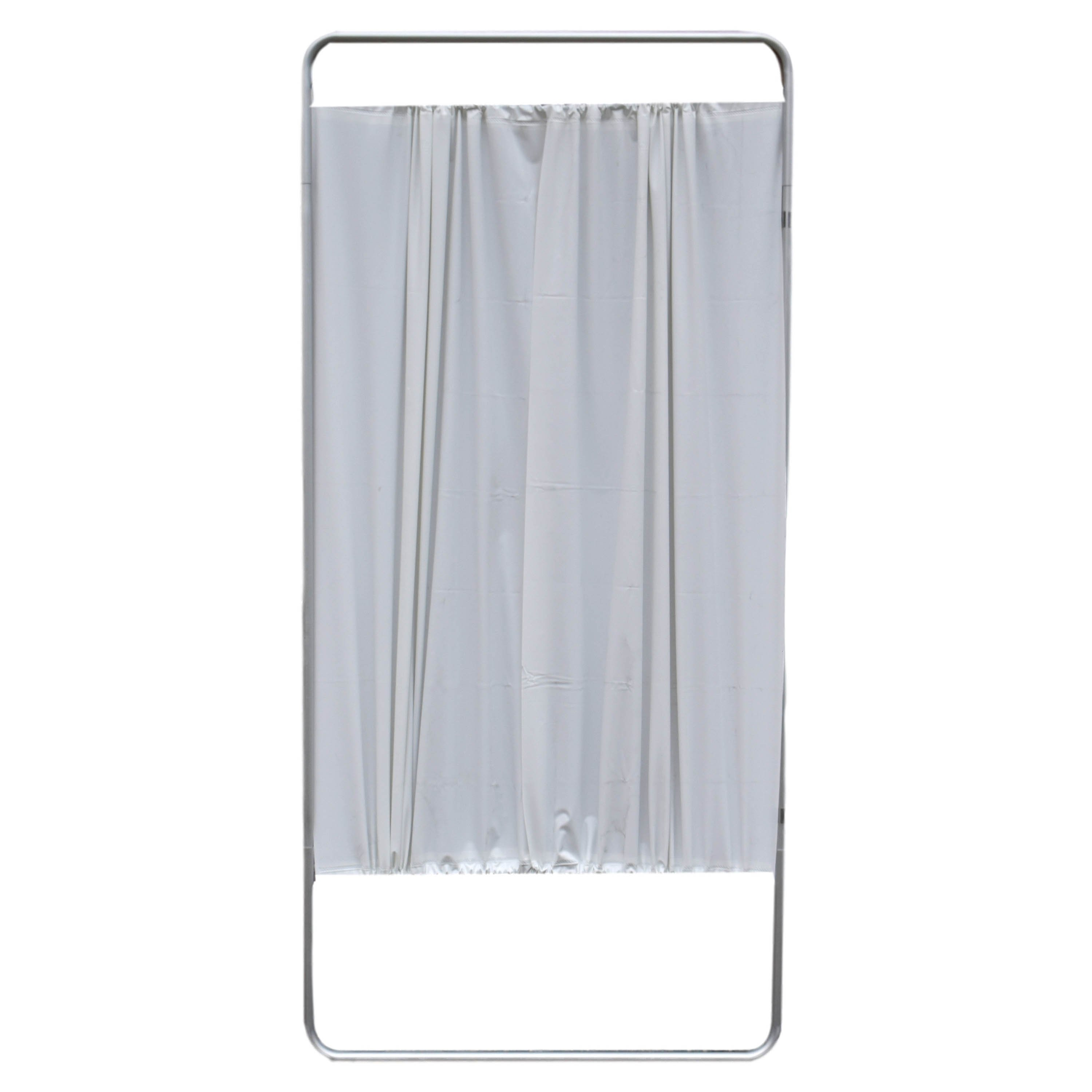 King Economy Privacy Screen with U-Hinge and White Vinyl Panel - 1 Section (Will Not Stand on Its Own)