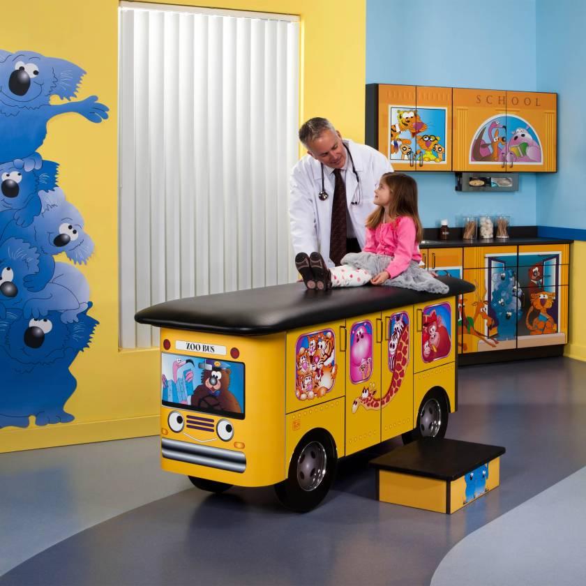 Clinton Model 7020-X Complete Zoo Bus Pediatric Treatment Table & Cabinets