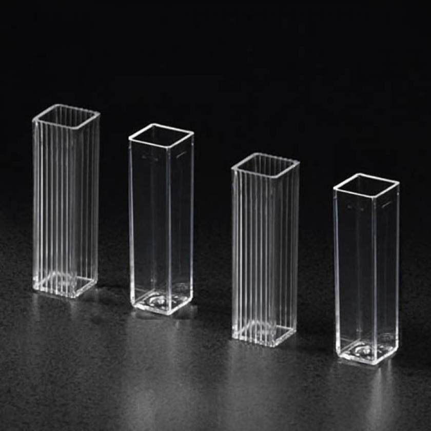 4.5mL Spectrophotometer Square Cuvettes - 10mm Path Length